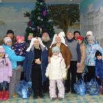 Многодетные семьи села Тарасово прослушали лекцию о ювенальной юстиции и получили продуктовую помощь.